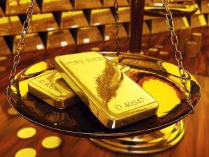 Vàng di chuyển ít sau ADP, lót phẳng trên $ 1550